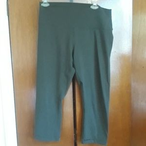Lululemon olive green leggings size 12